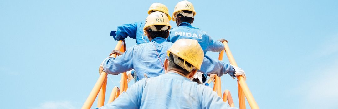 How Apprenticeships Bridge the Knowing-Doing Gap